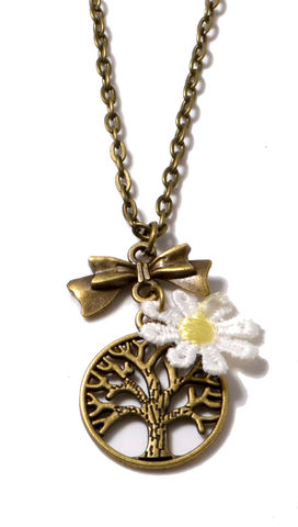 Tree,and,Crochet,Daisy,Long,Necklace,in,Brass,Tone,Vintage,Style,Jewellery,(Organza,Gift,Pouch,Included).,Tree and Crochet Daisy Long Necklace in Brass Tone Vintage Style Jewellery (Organza Gift Pouch Included).