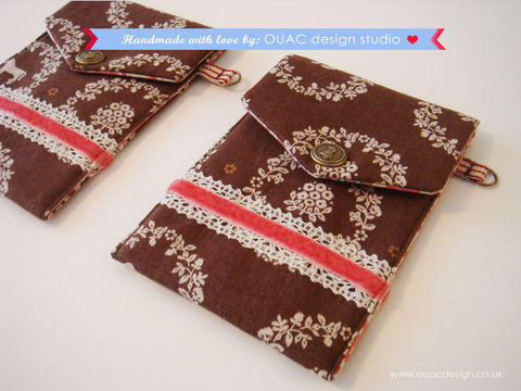 Winter,Collection,-,Ornament,Animal,Brown,Print,iPod/iPhone,Case,,Passport,Case,with,Sweet,Girl,Button.,Free,UK,Delivery,Bags_and_Purses,Animal_print,sweet,girly,brown,cotton,linen,antique_brass_button,christmas_gift,iPad_case,iphone_case,sew,Cotton,Linen,Antique_brass_button,D_ring,Interfacing,Stripy_ribbon