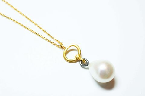 Pearl,Drop,Pendant,pendant, vintage, necklace, freshwater pearl, pearl drop, gold plated, jewellery, elegant, hand made jewellery, made in britain