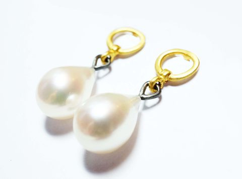 Pearl,Drop,Earrings,earrings, vintage, hand made, handmade jewellery, made in britain, freshwater pearl, pearl drop, gold plated jewellery