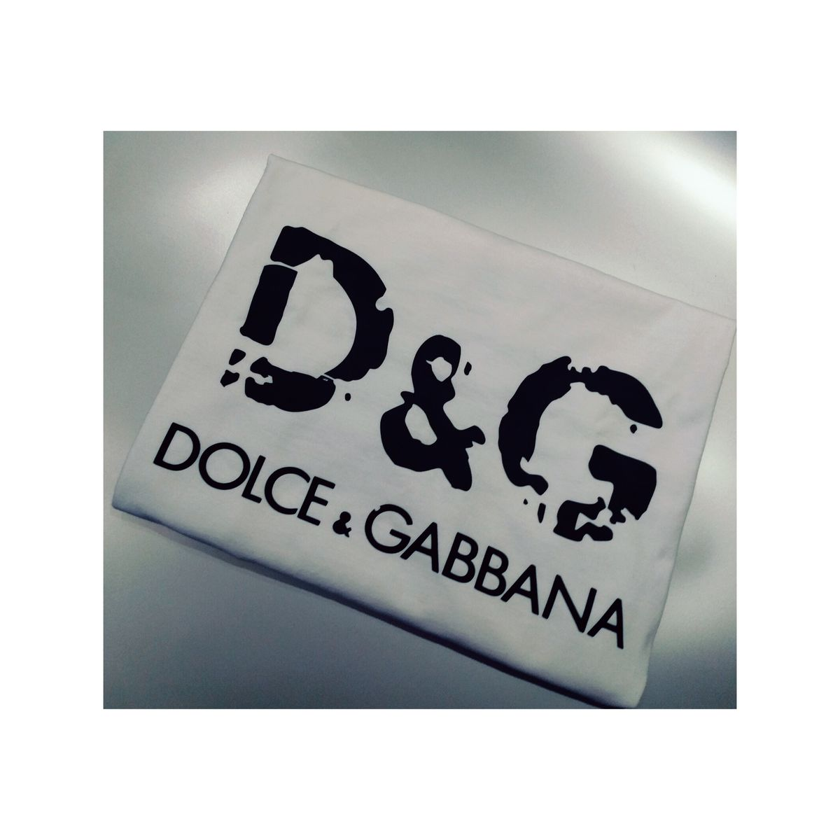 The D n G tee  - product image