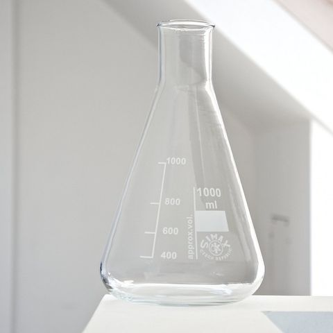 LABS,DECANTER,Labs decanter laboratory conical flask wine accessory accessories lifestyle Hobart Domaine Simha Tasmania