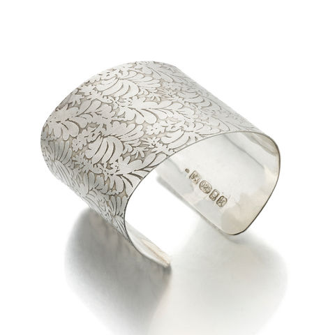 Photo,etched,Sterling,Silver,Cuff,Bracelet,with,floral,pattern,by,Catherine,Marche,silver cuff, bracelet, engraved, catherine marche, statement jewellery
