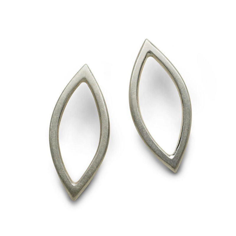 Medium Marquise Earrings silver by Naomi Tracz - product images