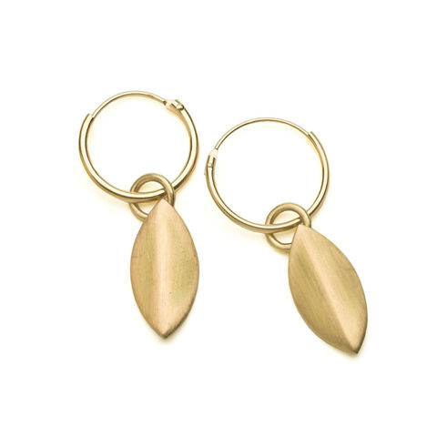 Petal Earrings Gold By Naomi Tracz