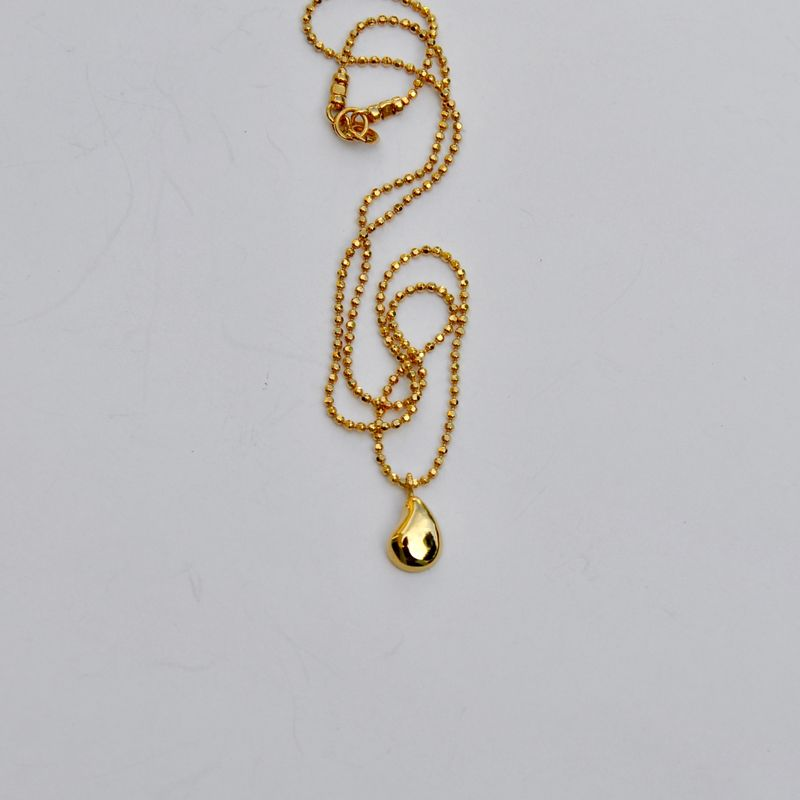 Silhouette pendant gold by Katerina Damilos - product images  of