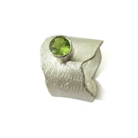 Green,Peridot,Cocktail,Ring,in,Sterling,Silver,by,Catherine,Marche,peridot ring, apple green gemstone,cocktail ring, catherine marche, sculptural jewellery, london jeweller,statement ring, chunky silver jewellery, made in the uk