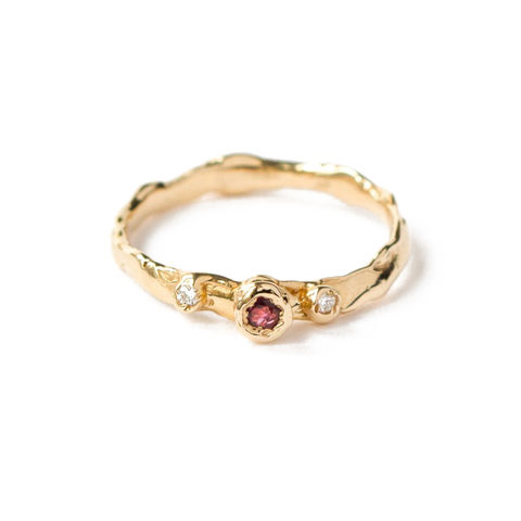 9ct,yellow,gold,ring,with,diamonds,and,ruby,by,LaParra,Jewels