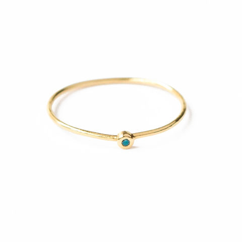 18ct,yellow,gold,band,with,green-blue,diamond,by,LaParra,Jewels