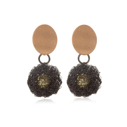 POD,earrings,black,&,gold,with,lemon,quartz,by,Danny,Ries,Danny Ries, black and gold hand-knitted earrings with lemon quartz