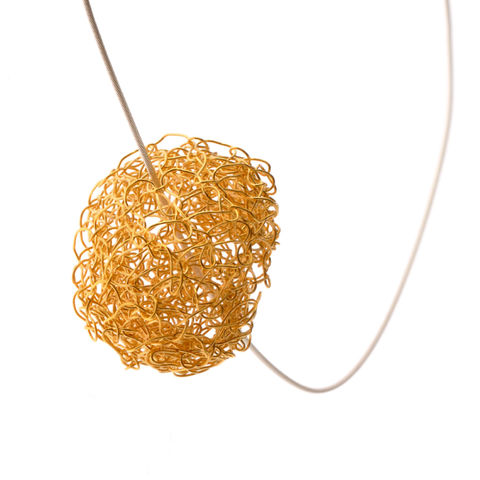 HANDKNIT,gold,necklet,by,Danny,Ries,Danny Ries, gold hand-knitted ball pendant
