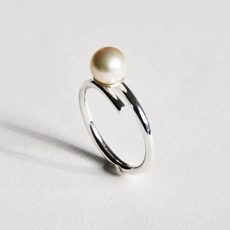 Silhouette closed coil ring with white pearl by Katerina Damilos - product images  of