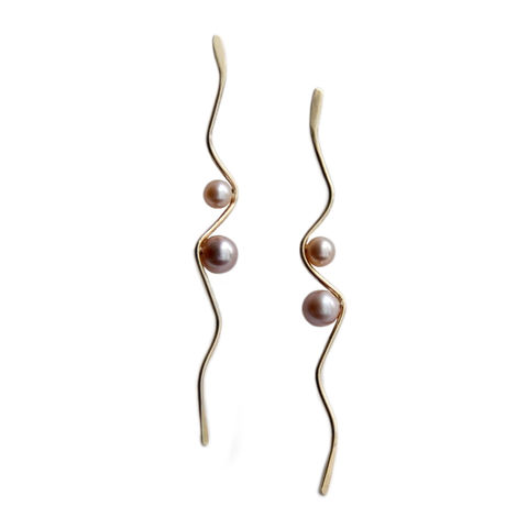 Silhouette,9ct,gold,wave,earrings,with,blush,pearls,by,Katerina,Damilos,Katerina Damilos, jedeco, wave dangly earrings, gold and pearl wave earrings, contemporary pearl, statement earrings