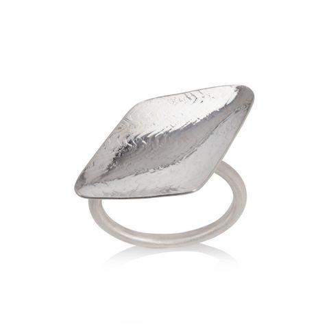 Rhythm,ring,silver,by,Juliet,Strong,Juliet Strong, rhomboidal ring silver