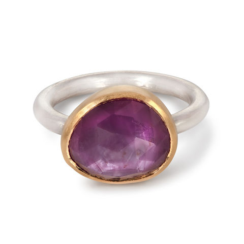 Pink,silk,sapphire,ring,by,Naomi,Tracz,silver, gold and silk sapphire ring