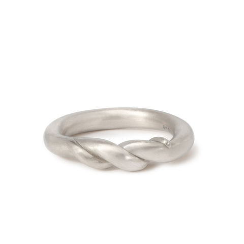 Part,Twist,ring,in,silver,by,Naomi,Tracz,silver twisted ring