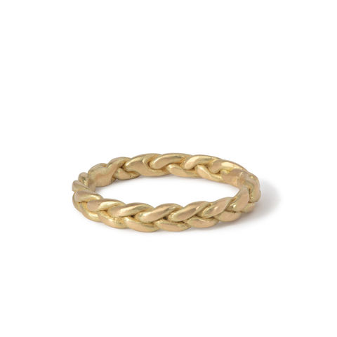Plait,ring,18ct,gold,by,Naomi,Tracz,solid gold plaited ring