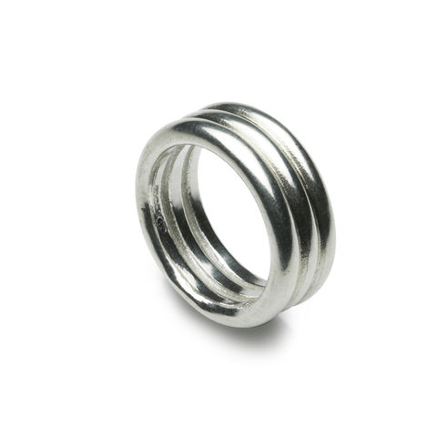 Three,band,silver,ring,by,Naomi,Tracz,silver ring