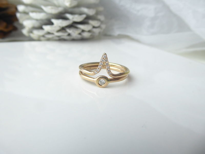 Diamonds ring in recycled 18k gold by Catherine Marche - product images  of