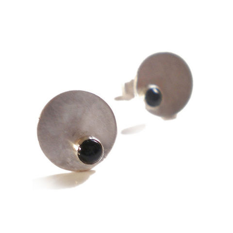 Sterling,Silver,Stud,Earrings,with,black,Onyx,by,Catherine,Marche,Jewellery,round earrings, artisan silver earrings, stud earrings, catherine marche, sterling silver, black onyx earrings, jeweller in London,jedeco