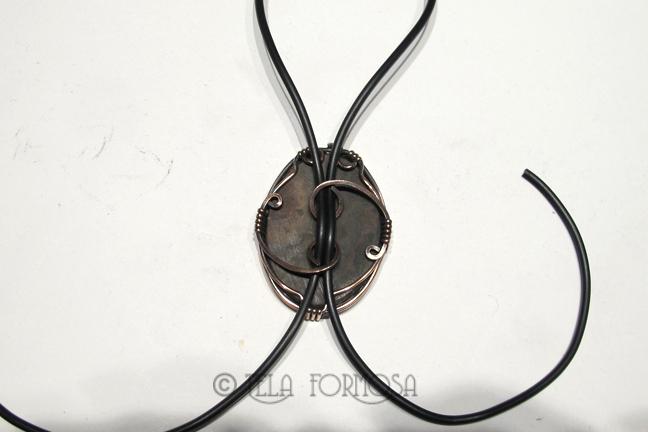 Wire Wrapped Bolo Tie - TelaFormosa