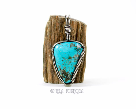 Rare,Nacozari,Turquoise,Pendant,Blue,Stone,Wire,Wrapped,in,Antiqued,Sterling,Silver,Nacozari Turquoise, turquoise,turquoise Pendant, Blue Stone pendant, Wire Wrapped, Antiqued Sterling Silver, sterling silver