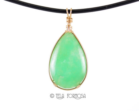 Apple,Green,Australian,Chrysoprase,Pendant,14k,Gold,Filled,Handmade,Jewelry,Cabochon,Australian chrysoprase pendant, chrysoprase pendant, wire wrapped pendant, wire wrapped jewelry, cabochon jewelry, green pendant, 14k, 14k gf, gold filled pendant, green stone pendant
