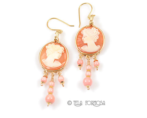 Handmade,Round,Shell,Cameo,and,Pink,Queen,Conch,Earrings,14k,GF,Wire,Wrapped,Jewelry,Wire_Wrapped_earrings,Shell_Cameo,cameo_earrings,Handcarved,14k gf, 14kgf, 14k gold filled, 14k gold fill,Wire_Wrapped_Jewelry,Wire_Wrap,Cameo and beads,wire_wrapped,cameo,pink beads, queen conch beads