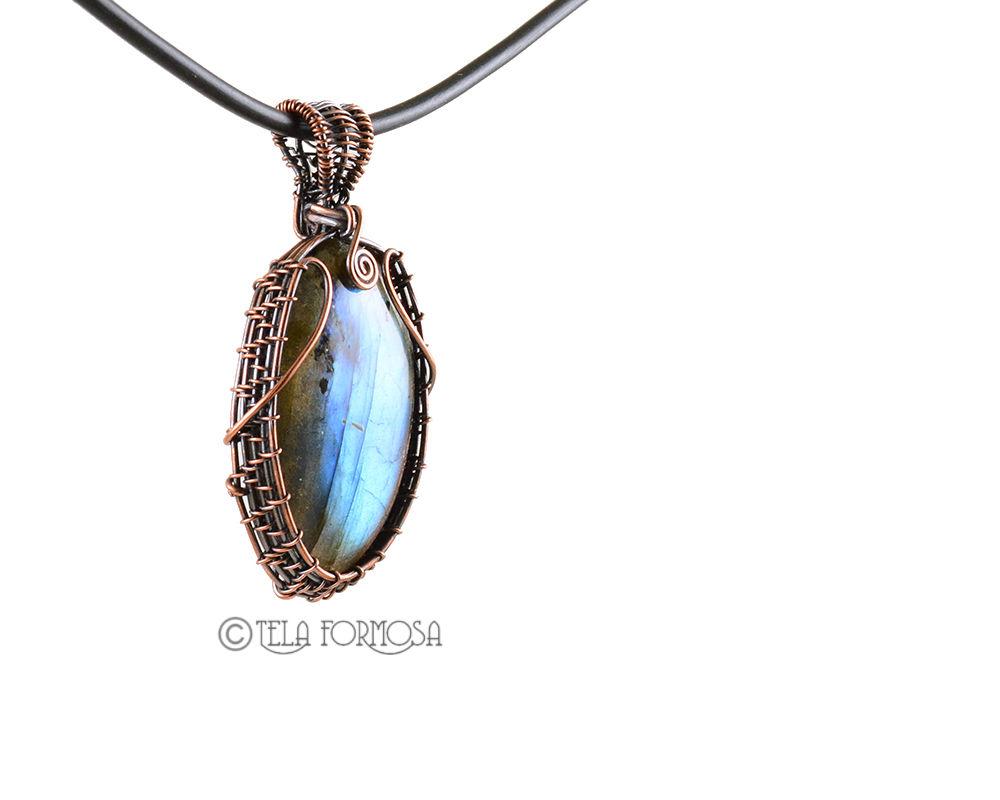 Flashy Blue Labradorite Pendant Wire Wrapped In Copper Weave Woven