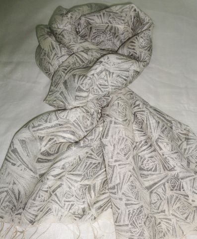 Stylish,Silk,Wool,Scarf,in,Shades,of,Grey,Silk Wool Scarf, Grey Scarf, Fabstolesnmore, Grey Wrap, Printed Scarf