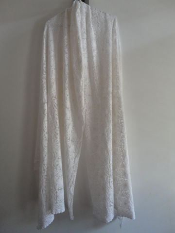 Timeless,Chikankari,Embroidered,White,on,Net,Stole,Net stole, white wrap, chikankari stole, white shawl, bridal wrap