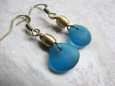 Small,Drop,Earrings,in,Teal,Blue,with,Brass,sea glass drop earrings, seaglass drop earrings, teal blue sea glass, coastal earrings, small earrings, brass earrings, brass drop earrings, bits off the beach, bohemian earrings, small dangles, dark aquamarine, beach jewelry for women, cultured sea glass