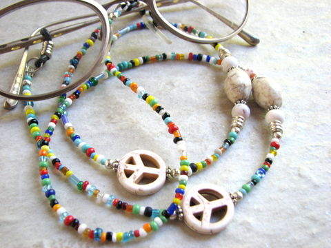 70s,Style,Hippie,Peace,Sign,Eyeglass,Chain,peace sign, white magnesite stone beads, colorful seed beads, hippie beads, 70's style beads, eyewear chain, eye wear cords, eye glass chain, glasses jewelry, eye wear accessory, multi color, womens, girls, teen, summer eye glass lanyard, sunglass holder