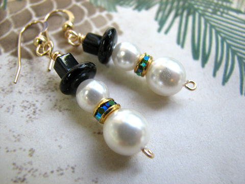 Beaded,Pearl,Snowmen,Earrings,in,Blue,and,Gold,snowman earrings, snowmen earring, wearing black top hat, crystal scarf, iridescent blue, peridot blue, gold filled or gold plated, holiday earrings, christmas snowman, christmas earrings, winter jewelry, snowman jewelry, pearl snowmen, christmas jewelry