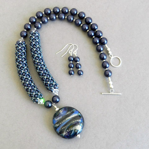 Blue,Crystal,Pearl,Necklace,Swarovski, Beadweaving, Blue, Crystal pearls, necklace