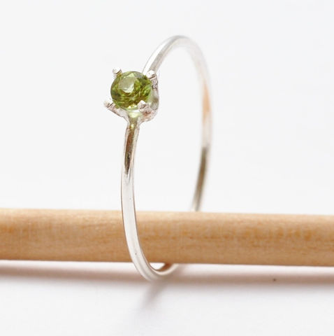 Peridot,Ring,Simple Everyday August Birthstone Green Peridot Solitaire 925 Sterling Silver Thin Stacking Birthday Gifts Ideas