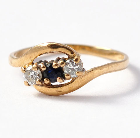 Promise,Rings,for,Her:,Vintage,Sapphire,,Diamond,Paste,&,9K,Gold,,Size,5.75,Retro Three Stone Fake Paste Sapphire and Diamond 9K Yellow Gold Vintage Costume Cocktail Engagement Rings for Her