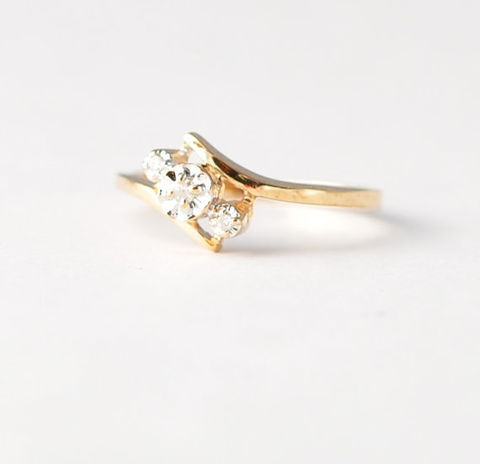 Antique,Triple,Diamond,Anniversary,Ring:,1950s,,10K,Yellow,Gold,,Size,5/5.25,Pretty Vintage Past Present Future Trilogy Triple Diamond 10K Yellow Gold Anniversary Marriage Engagement Ring Gifts for Her