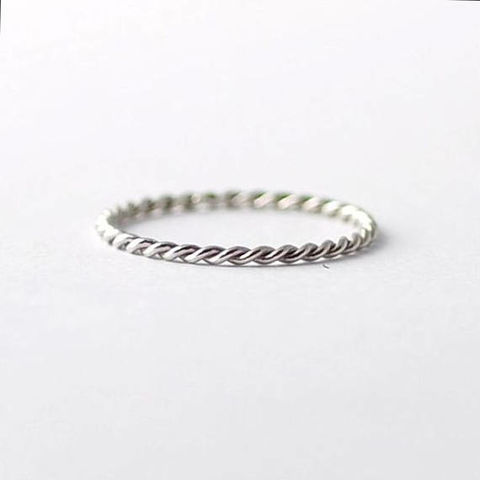 Braided,Platinum,Twist,Band:,Simple,Wedding,Rings,Affordable Inexpensive Thin Delicate Skinny Simple Solid Twisted Braided Platinum Tie The Knot Love Promise Wedding Ring Band Jewelry for Women