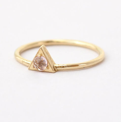 Morganite,Engagement,Ring:,Rose,Cut,,Geometric,Triangle,Unique Solitaire Trillion Cut Morganite Triangle Setting 14K 18K Gold Non Diamond Geometric Engagement Ring Cool September Birthstone Jewelry Gifts