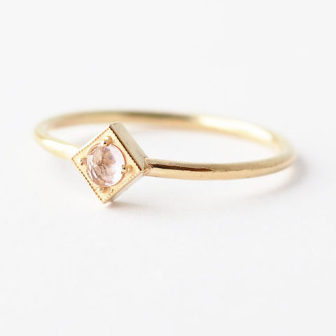 Morganite,Ring:,Pink,Rose,Cut,Gold,Ring,,Alternative,Engagement,Unique Solitaire Trillion Cut Morganite Square Setting 14K 18K Gold Non Diamond Geometric Engagement Ring Cool September Birthstone Jewelry Gifts