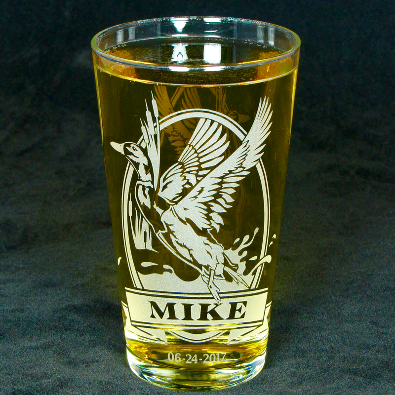 1 Personalized Beer Glass with Wolf, Etched Glass Pint Glass Gift for Dad - product image