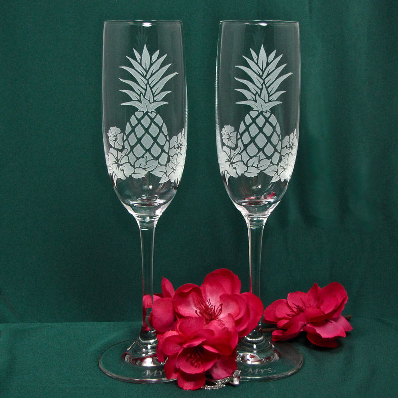 Pineapple Hibiscus Toasting Flutes, Hawaiian Wedding Gifts for Couple, Toasting Flutes for Bride and Groom - product image