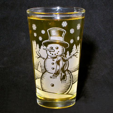 1,Snowman,with,Etched,Glass,Tumbler,,Christmas,Gift,,can,be,personalized, Christmas Gift, Boxing Day, beer glass, personalized, pint glass, etched glass, engraved gift, gift for man, gift for husband, boyfriend, father, dad