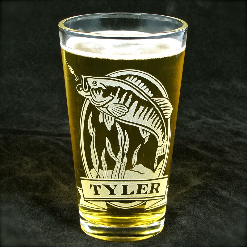 1 Personalized Beer Glass with Great White Shark, Etched Glass Pint Glass - product image