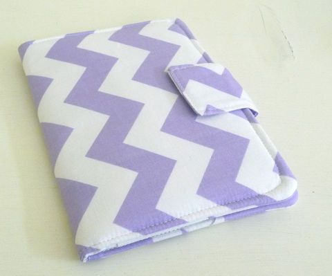 Kindle,4,or,5,,Voyage,,Kobo,Touch,Cover,in,Pastel,Purple,and,White,Chevron,handmade kindle voyage cover, chevron kindle voyage cover, kindle 4 or 5 cover, chevron kindle 4 cover, pastel kindle 5 cover, handmade kobo touch cover, chevron kobo touch cover, pastel purple and white chevron stripe print, book style cover for kobo tou