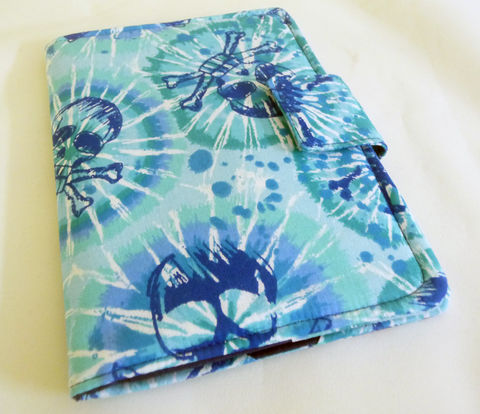Blue,Skulls,Book,Style,Kindle,4,or,5,,Voyage,,Kobo,Touch,Cover,skull kindle 4 cover, blue kindle cover, skull kindle voyage cover, handmade kobo touch cover, blue kobo touch cover, skull print kobo touch cover, handmade skull case for kobo touch