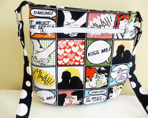 Kiss,Me,Tote,Bag,,Small,Crossbody,Purse,tote bag, small tote, purse tote, small crossbody bag, kiss me tote bag, kiss me crossbody bag, kiss me purse, comic style tote bag