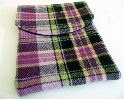 Raspberry,Plaid,Wool,iPad,2,Sleeve,handmade ipad sleeve, plaid ipad 2 sleeve, plaid ipad 2 case, plaid wool ipad sleeve, purple plaid wool, ipad 2 sleeve