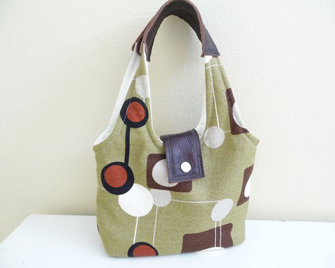 Modern,Circles,Handbag,in,olive,green,,brown,,and,red,modern circle handbag, olive green handbag, handmade handbag, handmade bag, rain girl designs, retro mod circles handbag